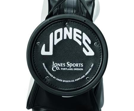 直輸入のネットショップなら、タイガーも愛用した【ジョーンズスポーツ】のキャディバッグまでお買い得に!